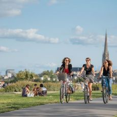 Cycling in Bordeaux City