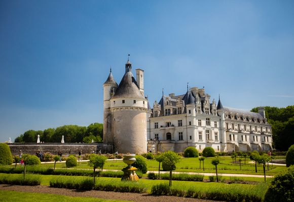 Châteaux of the Loire - Textbox Image
