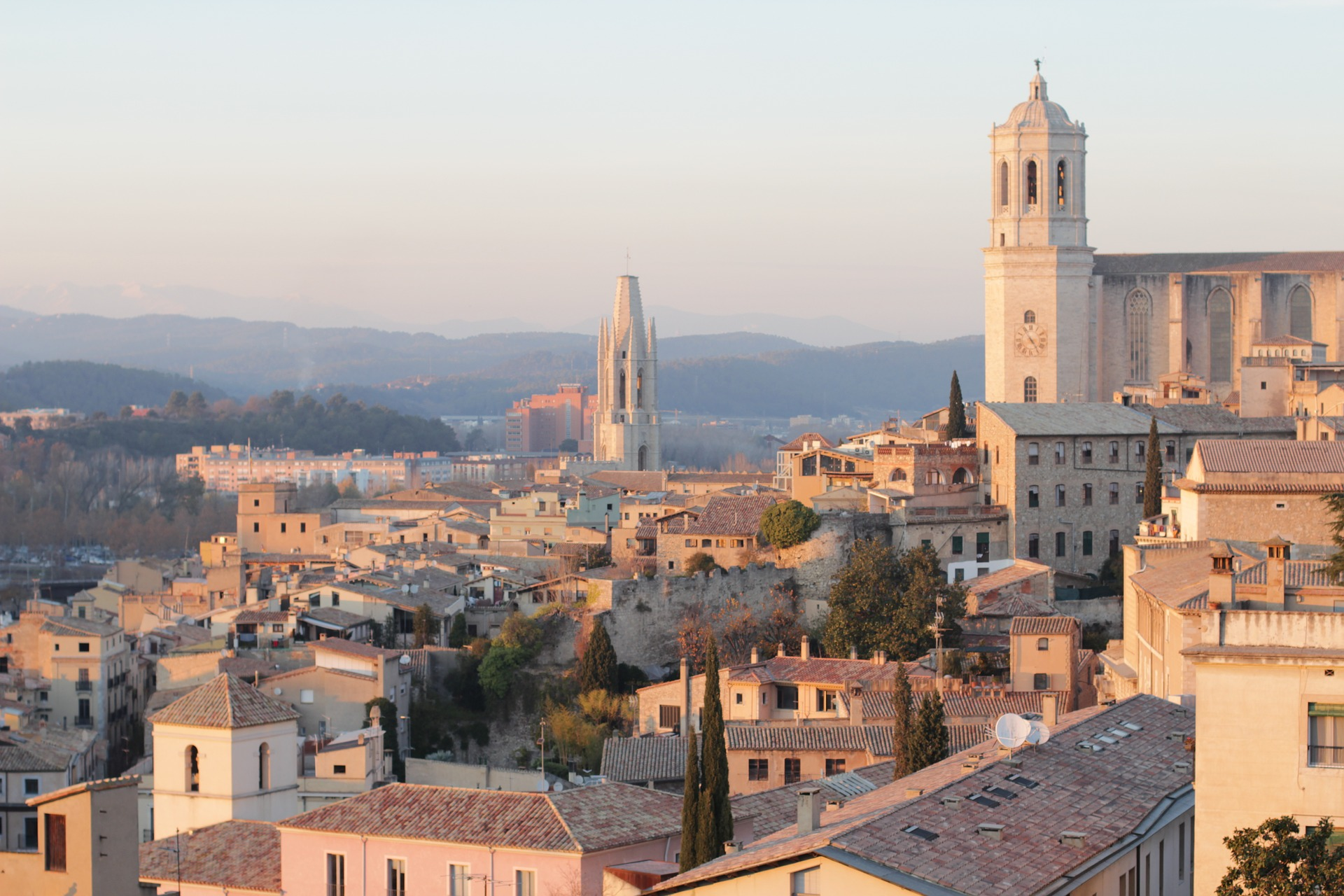 catalonia-walled-city-game-of-thrones