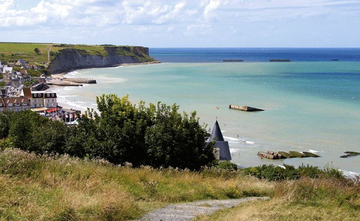 Cycling along Normandy's beaches