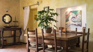 Cortona Dining Area
