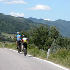 Cycle Italys Art Cities Open Road