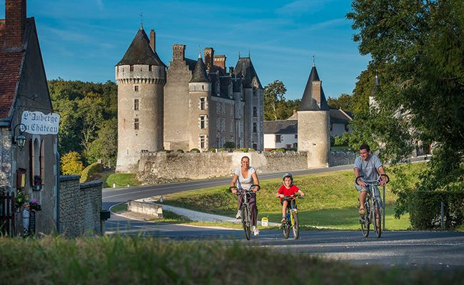 Best family cycling holidays - Loire
