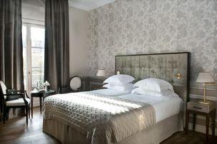 Hotel de Seze bedroom