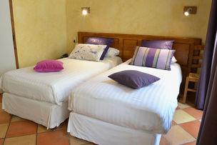 Hotel les Feuilles d'Acanthe Bedroom