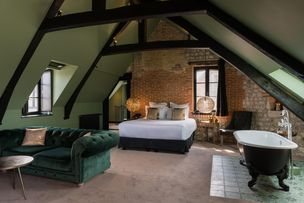 Hotel Maison De Lea Bedroom