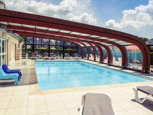 Hotel Mercure Swimming Pool