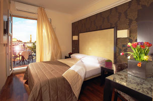 Hotel Touring Room