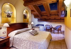 Hotel Comancina Room