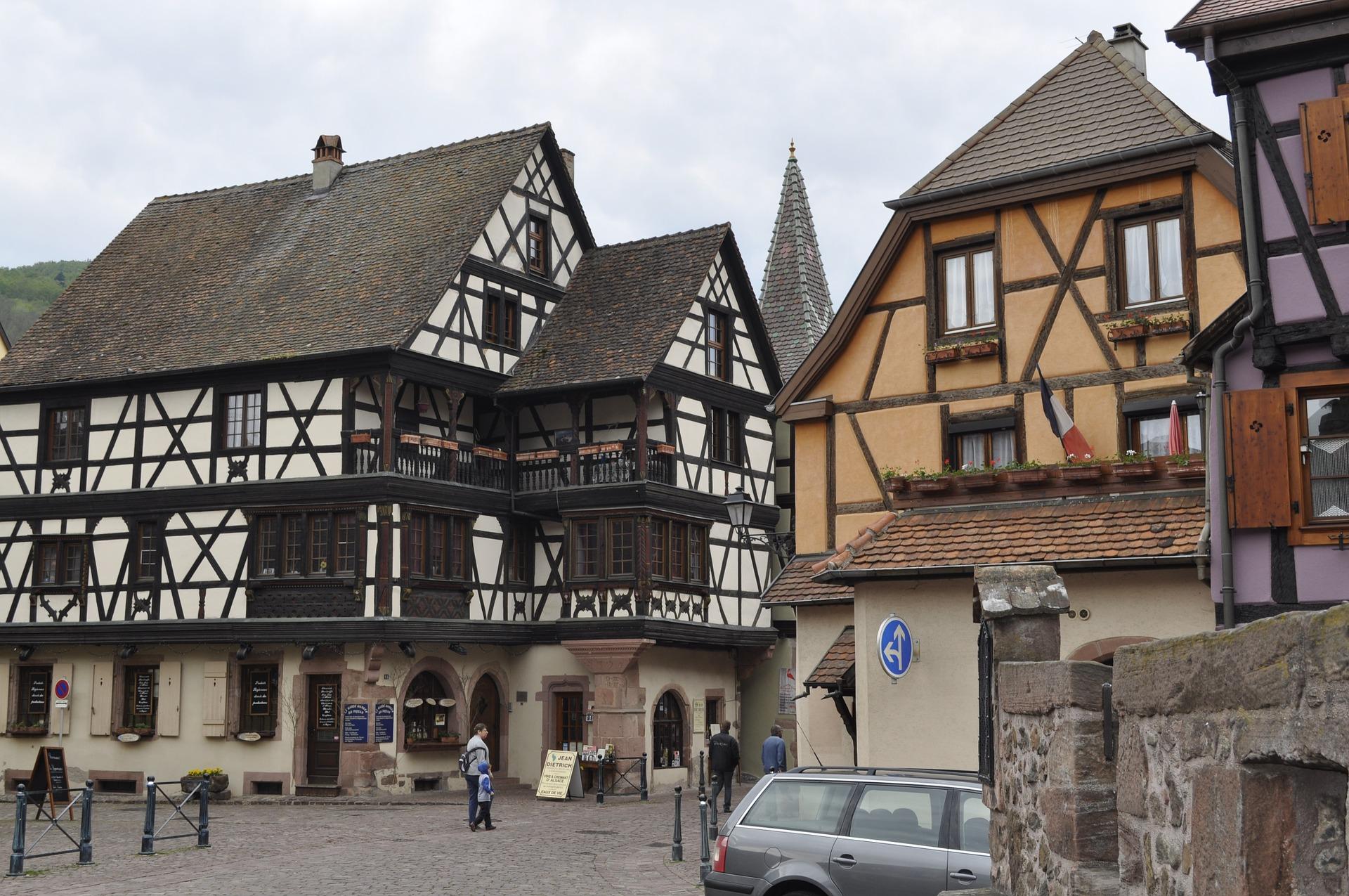 Kaysersberg-town-centre