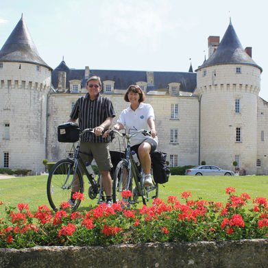 Romantic Short Cycling Breaks in France
