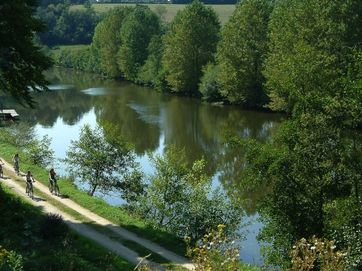 Five reasons we love cycling holidays in the Mayenne