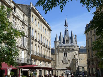 Related Bordeaux City and Vineyards | Self Guided